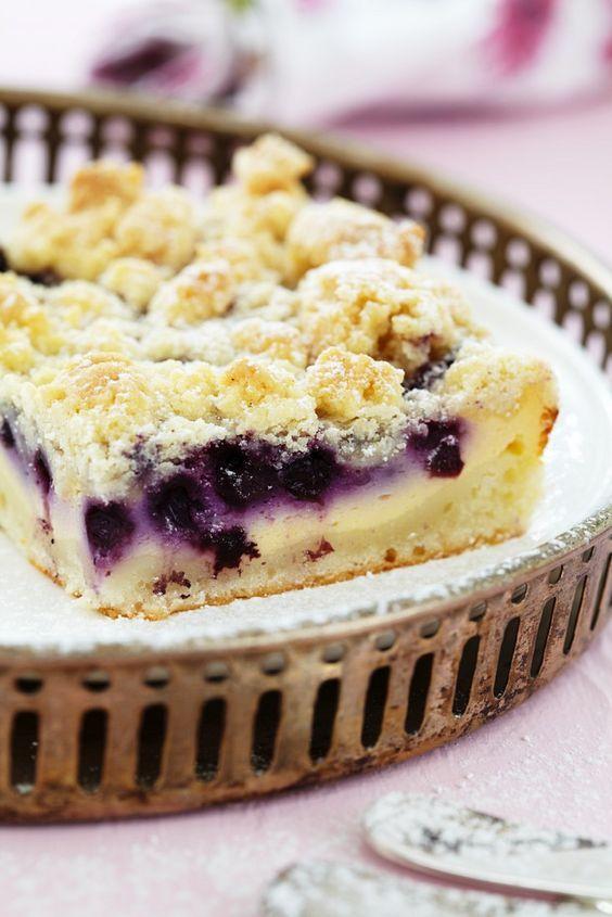 Blaubeer-Quarkkuchen mit Streusel   http://eatsmarter.de/rezepte/blaubeer-quarkkuchen-mit-streusel