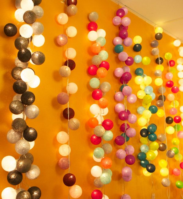 String of white lights, attach balloons for a great graduation party decoration! Graduation Party Ideas #DTGraduationParty