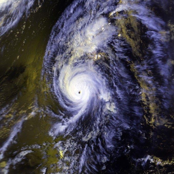 Hurricane Iniki - Wikipedia, the free encyclopedia