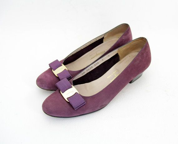 Vintage shoes / Ferragamo Vara flats / purple suede bow by nemres