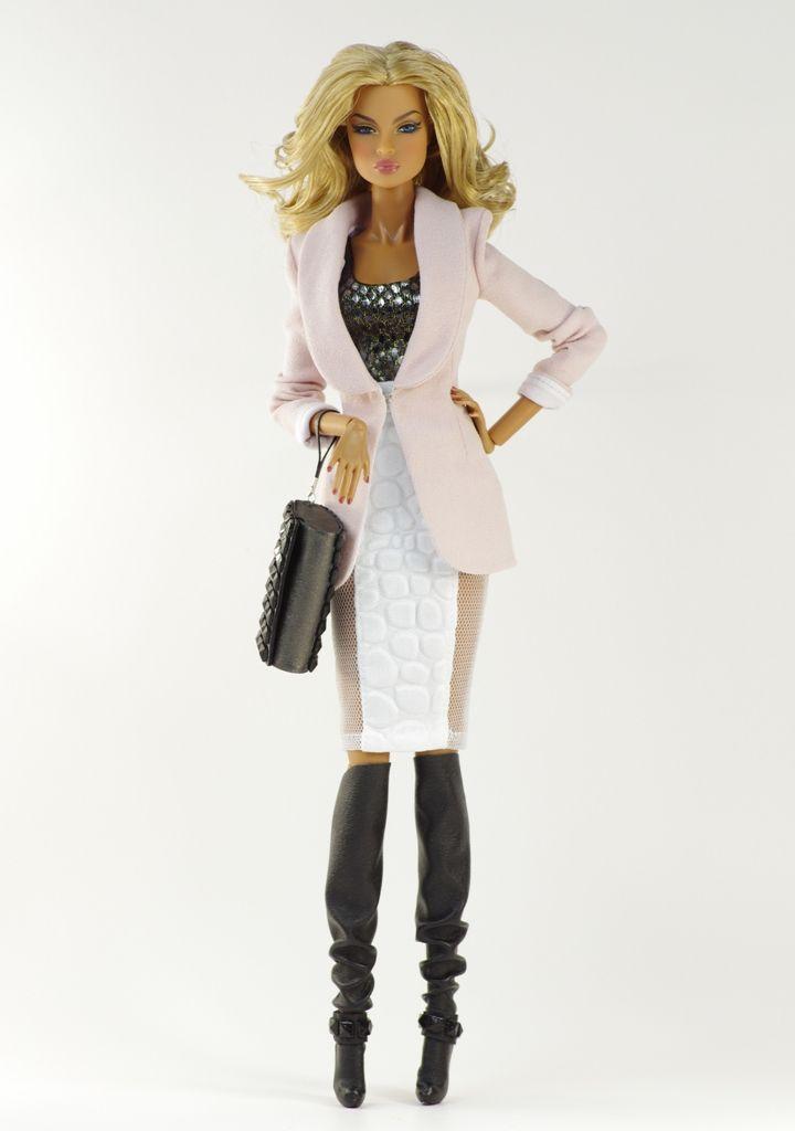 Alex (FR2 body) inc. jacket, top, skirt, bag, boots. By Dagamoart