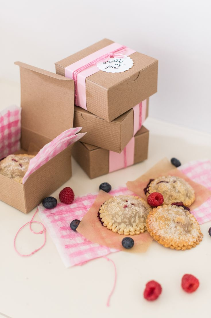 ideas for beach wedding party favors%0A Mini Berry Pie Gifts  Diy WeddingWedding IdeasBrunch