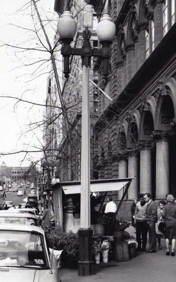 Martin Place,Sydney in the 1960s.A♥W