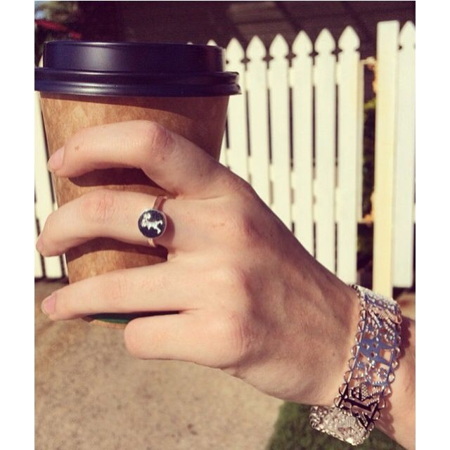 Run away with a coffee and our Run away girl stamp ring for $129 matched with the Karen Walker cuff bangle for $639 ☕️ #unleashyourwolf #silverwolf #silver #wolf #jewellery #sterlingsilver #heart #love #fashion #coffee #ring #karenwalker #bangle #whatiworetoday#pretty #beautiful #sparkle #shine #inspire #UnleashyourWolf #kawanashoppingworld