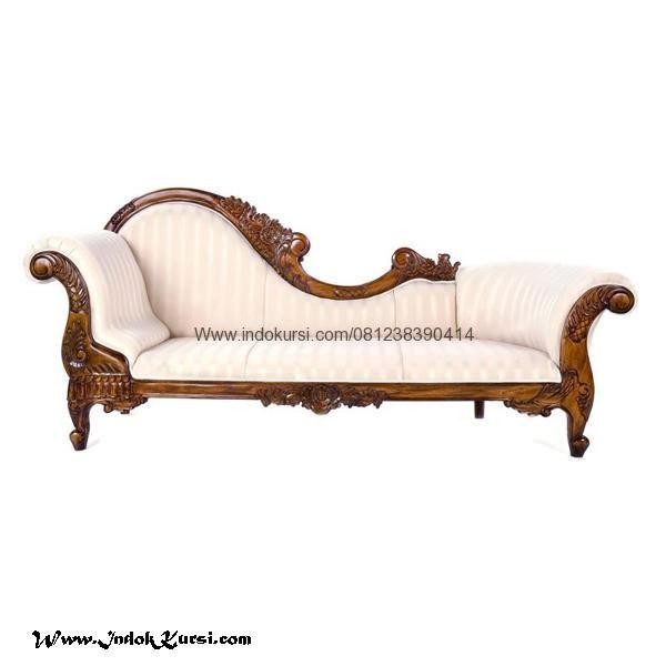 JualKursi Bangku Sofa Lois Warna Silver merupakan hasil karya tangan tangan mebel Kursi Indo Jepara dengan desain Sofa Santai Mewah elegant cantik