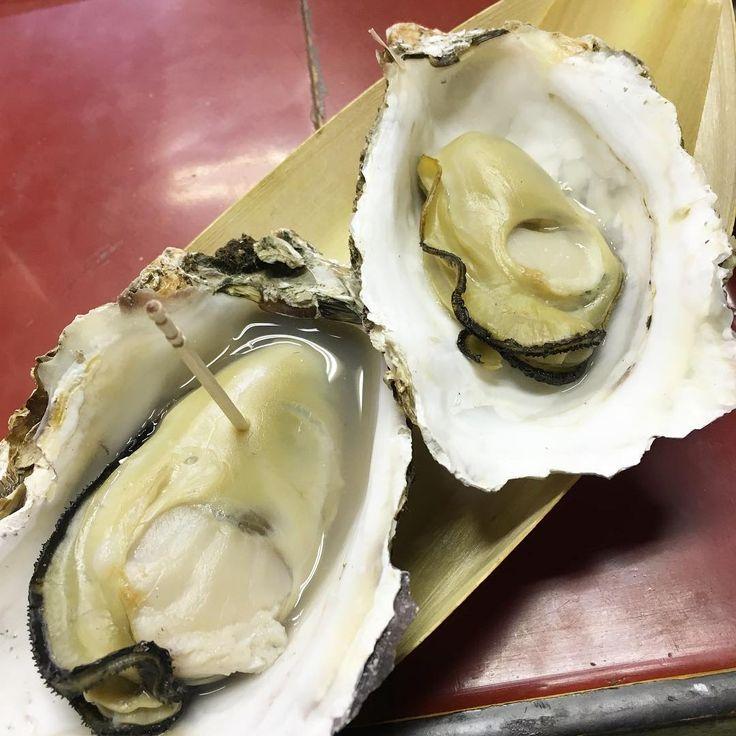 「( ;´Д`)ん…さっきの牡蠣がうみゃかた #グルメ旅#hiroshima#広島グルメ#食べ歩き#広島#宮島#焼き牡蠣#ごはん #牡蠣」