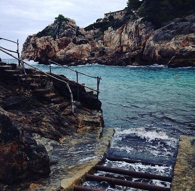 Seaside vibes: what's your favorite beach in #Mallorca? #BelmondPostcards by @liskatz #Spain
