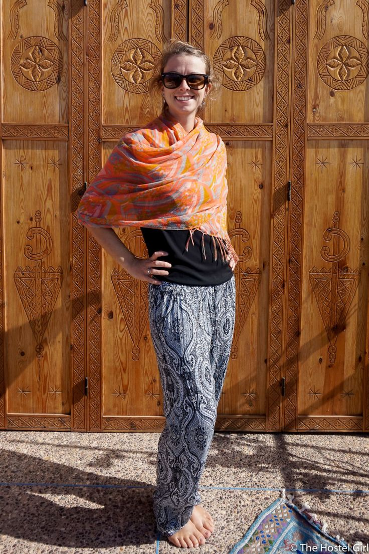 How to Dress in Morocco - Morocc Dress Code The Hostel Girl 3