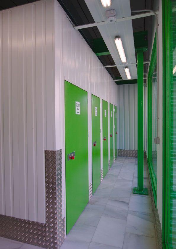 Portes y Mudanzas en Málaga. Trasteros Plus, empresa líder de Self Storage en Andlucía.