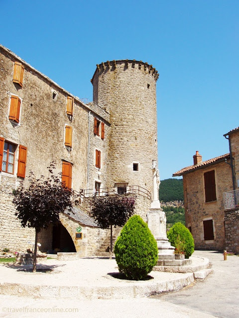 Ste-Eulalie-de-Cernon, Knights Templar fortified village in #Aveyron Southern #France