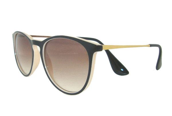 Erika sunglasses by Ray-Ban will complete any look. These sunglasses will have you stand out from the crowd. The round sunglasses shape provides extra coverage
