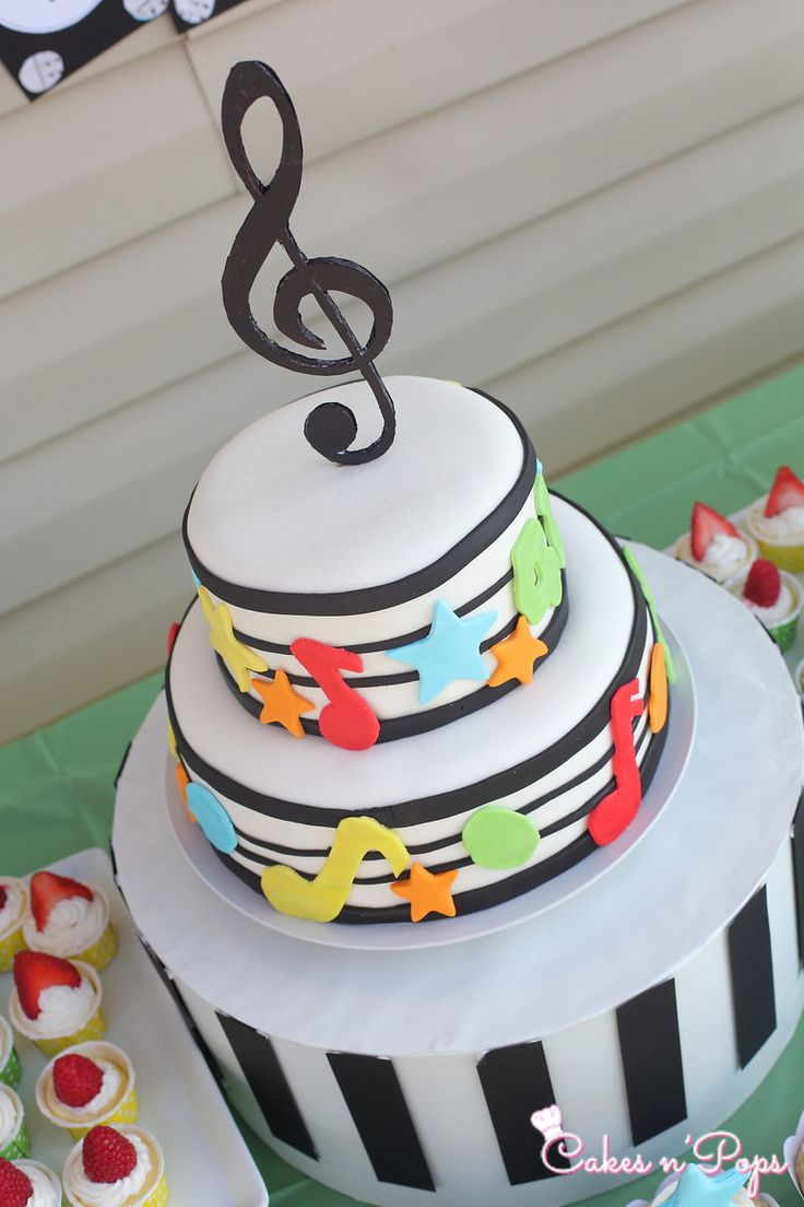 Cake Decoration Music : 25+ best ideas about Music Birthday Themes on Pinterest ...