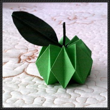 How to Fold an Origami Apple - http://www.papercraftsquare.com/fold-origami-apple.html