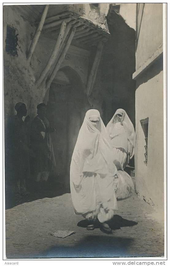 Algeria-Tres Belle Carte Photo Mauresques Completement Voilées Tres Beau Plan Signée A. Vollenweider - Women