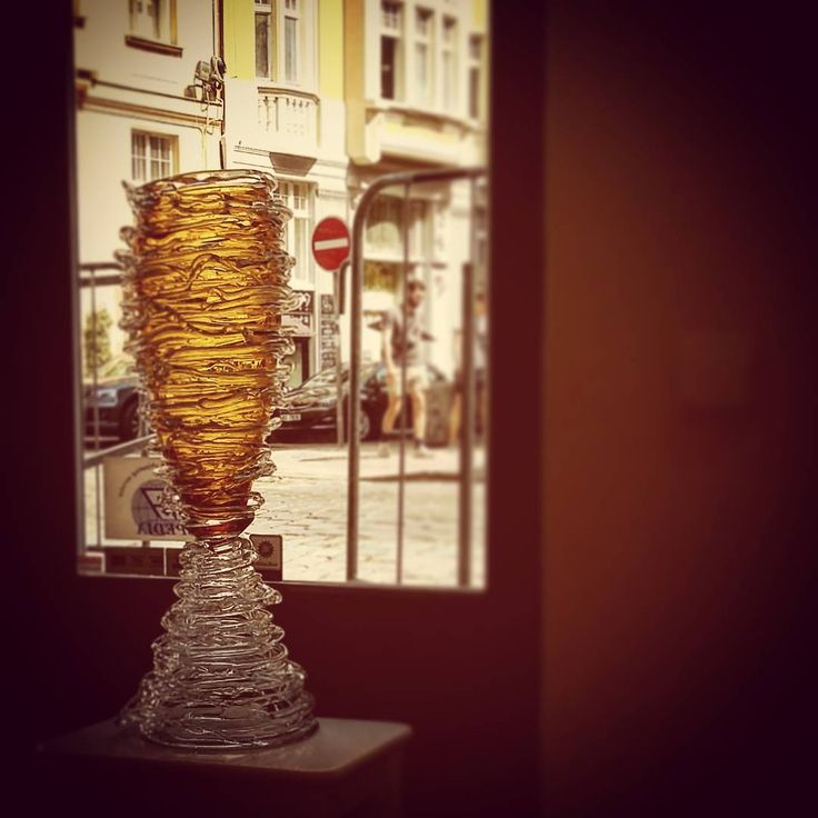 Jiří Pačínek vase Motal #czechglass #handmade #hotglass #pacinekglass #motal #amber