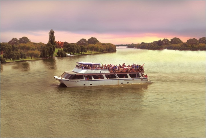 The Spirit of Jen - The Vaal's most luxurious River Cruiser at Stonehaven on Vaal. www.stonehaven.co.za
