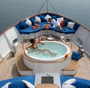 My wedding gift and my honey moon around the world rent a yacht $5000