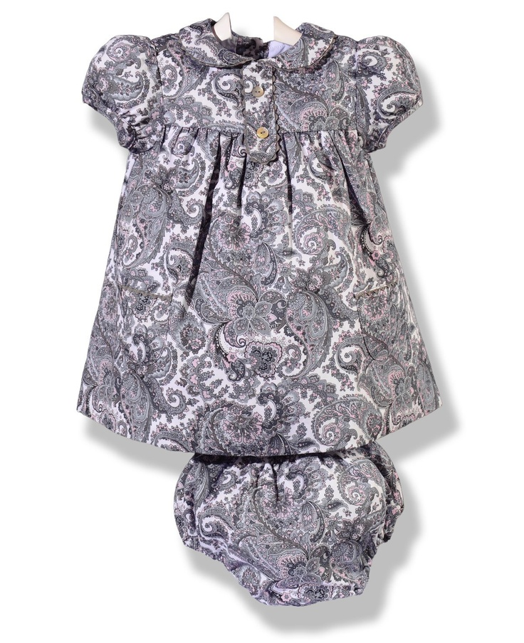 Vestido en viyela estampado en gris