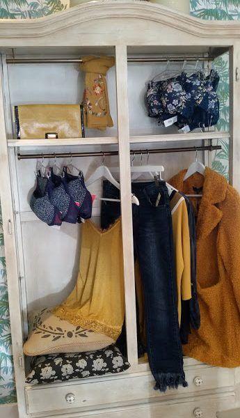 """En nuestro rincón de moda nos gusta vestirte de dentro hacia fuera; cuidando todos los detalles. Estamos en Pola de Siero """"Sueños"""" y en nuestra tienda on line www.lenceria-suenos.es"""