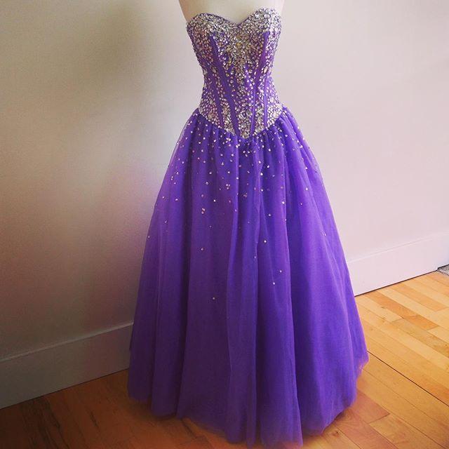 Sweetheart Neck Long Tulle Prom Dresses Crystals Beaded Floor Length Women…