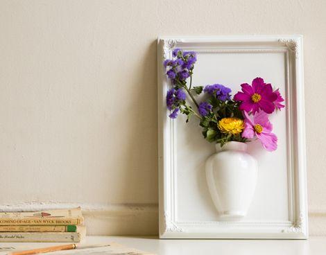 wall vase: Wall Art, Frames Object, Frames Vase, Cool Ideas, Frames Flowers, A Frames, Flowers Vase, Pictures Frames, Crafty Ideas