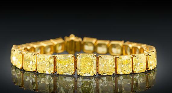 Pulseira de diamantes amarelos está à venda por US $ 2,5 milhões
