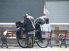 A homeless vet, still true to his country, even when his country has let him down.: Veterans Program, Homeless People, Homeless Veterans, Funky Quotes, Christian National, Politics Correction, America Treats, Help Homeless, American Politician