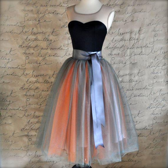 Jupe en tulle gris et orange pour les femmes. par TutusChicBoutique
