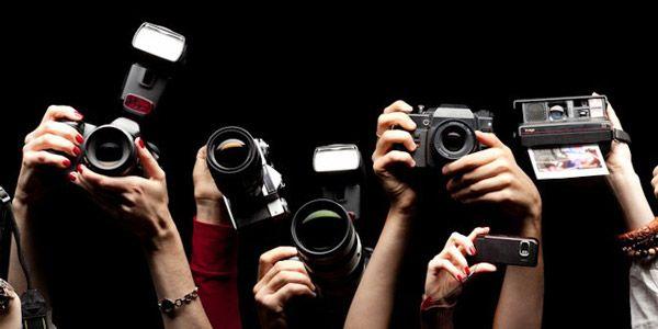 7. yılını kutlayan Burak Bulut Fotoğraf Atölyesi tarafından düzenlenen 51. Dönem Temel ve İleri Fotoğraf Atölyesi'ne katılarak fotoğrafçılık konusunda öğrenmek istediğiniz tüm bilgileri uzman eğitmenlerden edinebilir ve pratik uygulamalar yapma fırsatı yakalayabilirsiniz.  https://www.meraklisiicin.com/burak-bulut-fotograf-atolyesi/temel-ve-ileri-fotografcilik-kursu