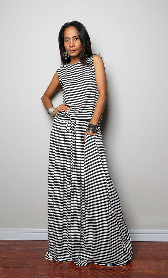 Black White Striped Maxi Dress -  Sleeveless dress : Autumn Thrills Collection No.9   (New Arrival)