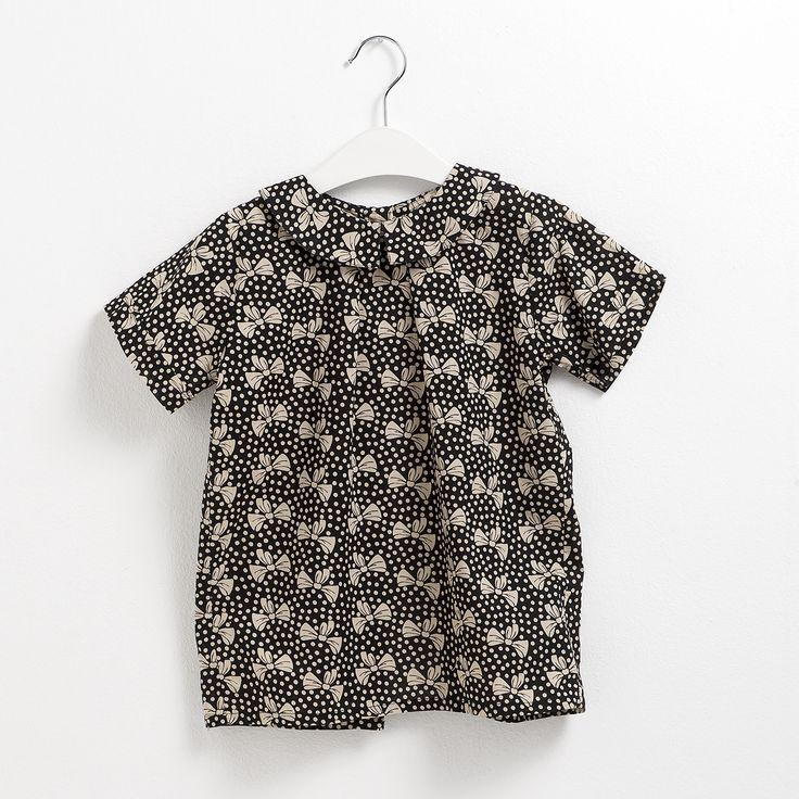 Blusa para niña con lazos. Moda infantil.