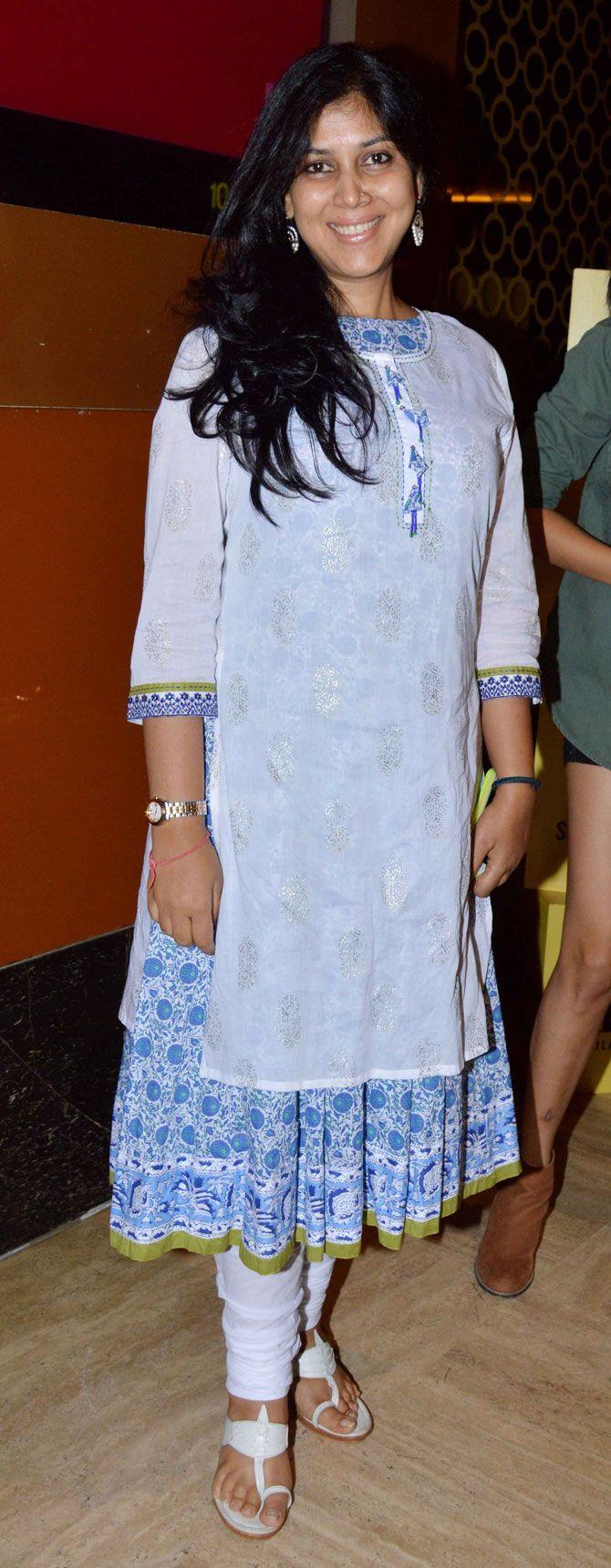 Sakshi Tanwar at screening of 'Kis Kisko Pyaar Karoon'. #Bollywood #Fashion #Style #Beauty #Desi