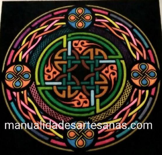 #Mándala #símbolo #celta de #nudo #perenne el de la #unión #eterna pintado  #HOWTO #DIY #artesanía #manualidades