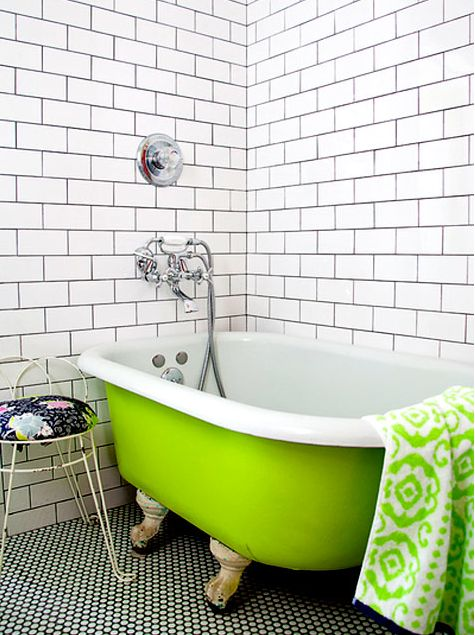 lime green painted clawfoot tub  78 Best images about Colorful Fun Rooms on  Pinterest Eclectic. Tubs Hextable