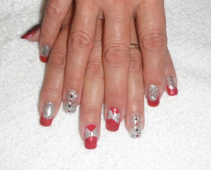unghie-per-natale-rosse-argento