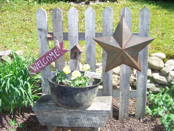 Cute welcome display for the yard