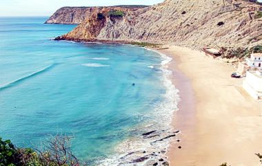 Burgau Beach, on this site also overview of all local beaches in region