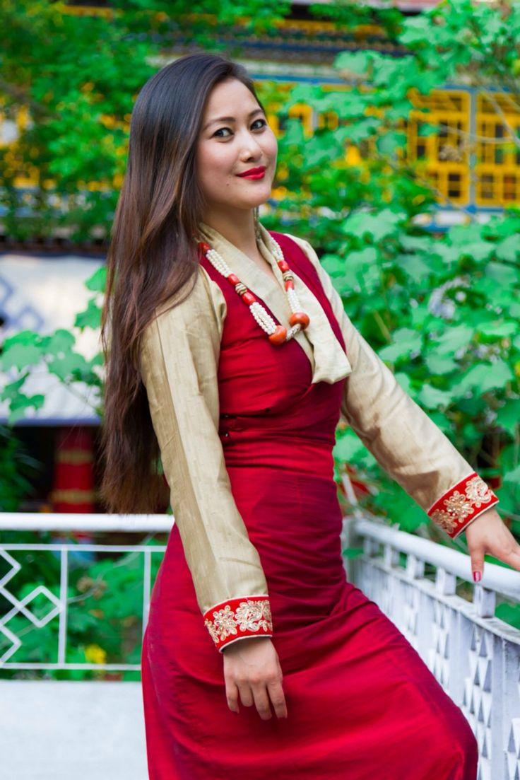 Tibetan girl. #Tibetan Portrait#chupa#tibetandressChupa