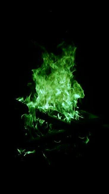 Pin by Alexis Airaldi on Fotos Aesthetic   Dark green ...