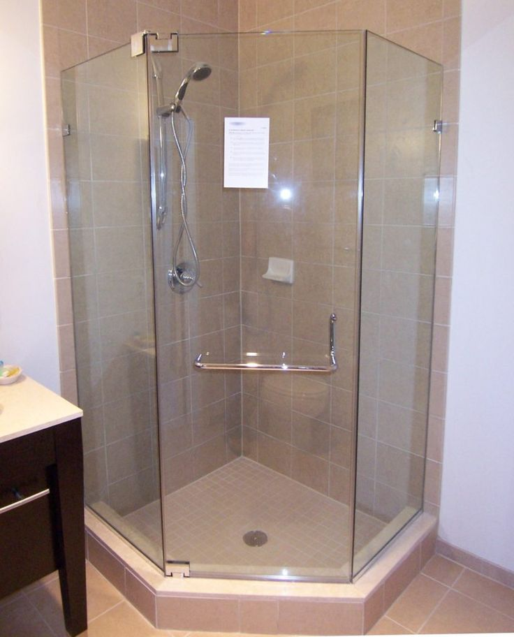 Neo Angle Glass Shower Doors
