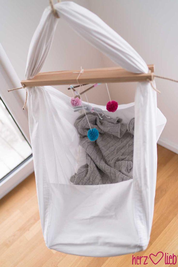federwiege f rs bauchm dchen herz lieb kinderzimmer n hen baby wiege und baby. Black Bedroom Furniture Sets. Home Design Ideas