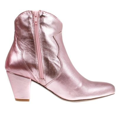 Stiefelette Claire Cupido, www.onyva.ch / #stylefashionboots #cowboyboots #boots #fashionboots #pink #spacecowboy #80s #80sfashion #stiefelette #shoes #disco #zurich #style #glam #glamrock