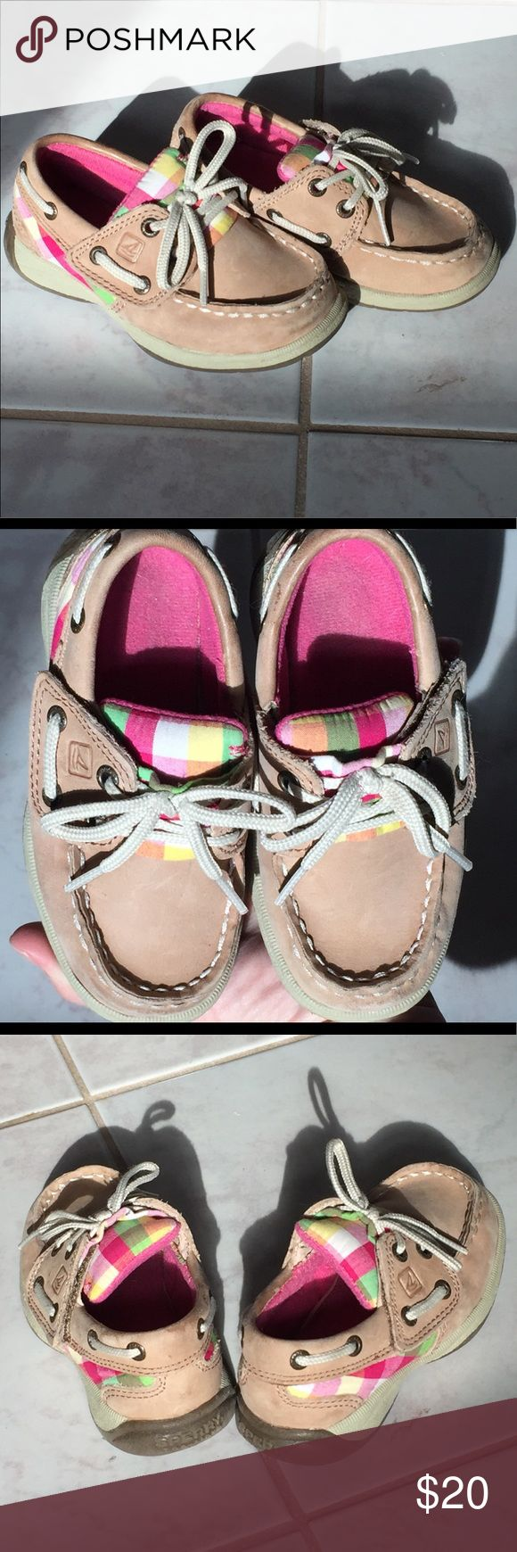 Toddler girl size 7 Sperry Topsiders dock shoes Preppy, fun and fresh. Size 7M Sperry Topsiders toddler girl dock shoes. Sophisticated accents like and adults' but kid-like pastel plaid placards, Velcro sides for easy on/off, and bright pink inside to match that plaid perfectly. Great used condition for a toddler's shoe- minimal scuffing on outside suede and minor wear on insoles. Accepting reasonable offers. Or bundle and save even more! Tan and plaid colors appear brighter in person…