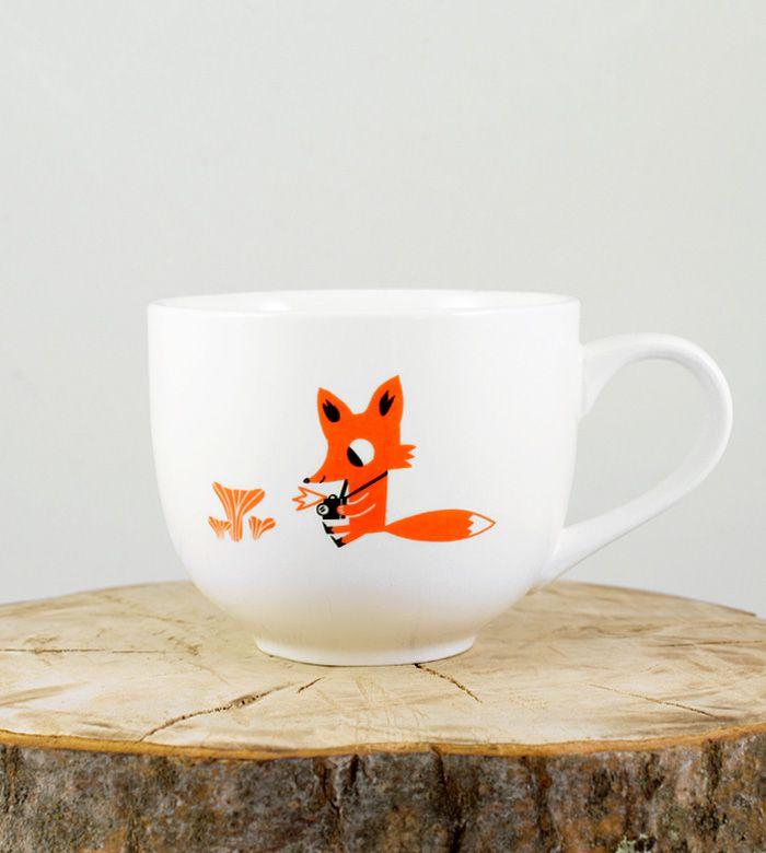 Милая чашка с лисёнком для любимого согревающего напитка. Удобная ручка, дружит с микроволновкой и  посудомоечной машиной.