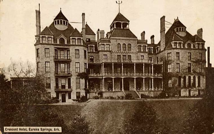 13 Most Haunted Places in the U.S.