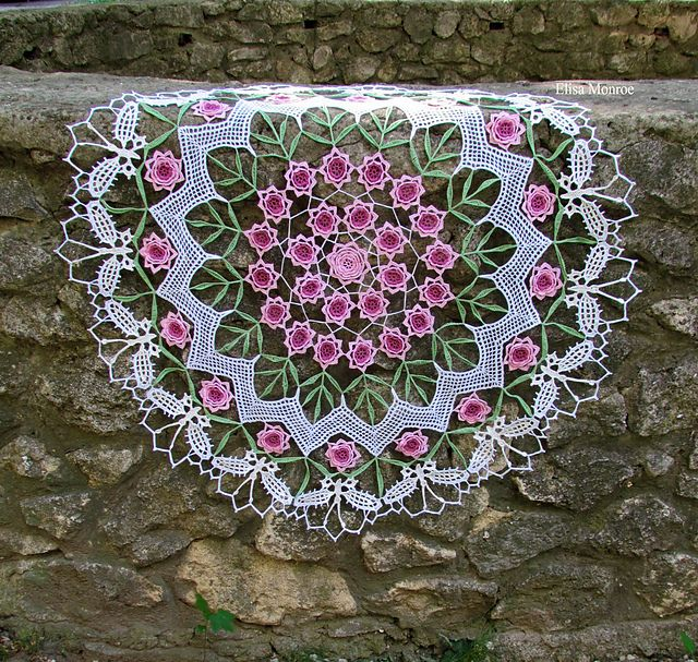"""Gorgeous!  Ravelry: ElisaM's Doily """"Roses & Butterflies"""""""