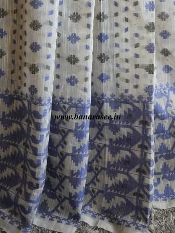 Banarasee/Banarasee Pure Handloom Cotton Dhakai Jamdani Saree With Blue Resham Jaal-Off White