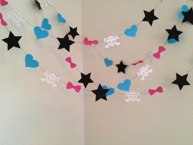 Monster High Party Decoration Paper Garland- Monster High Birthday Party Decoration- Monster High Room Decor 10ft Draculaura Frankie Stein by ClassicBanners on Etsy https://www.etsy.com/listing/213238438/monster-high-party-decoration-paper