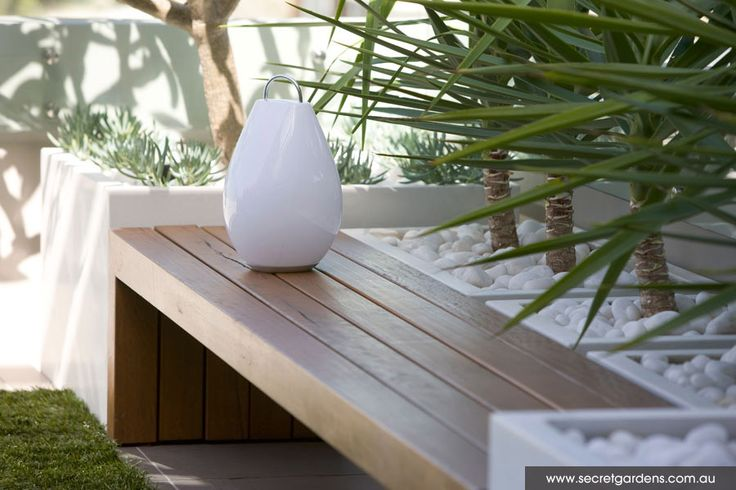 Secret Gardens of Sydney built in garden bench seat