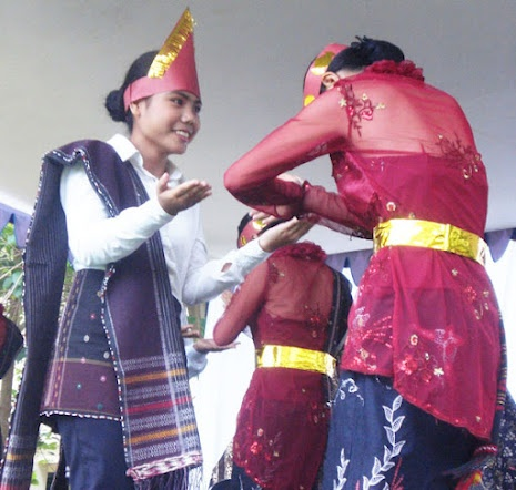 Tor Tor dance is the main part of Batak ethnic's life. It performs for three E: enlightenment, encouragement, or entertainment (exhibition). Tor Tor dance was previously used in ritual associated with spirits. The spirits are summoned and enter the stone statue, then the statue moves like dancing in stiff movement, like the dancers imitate.